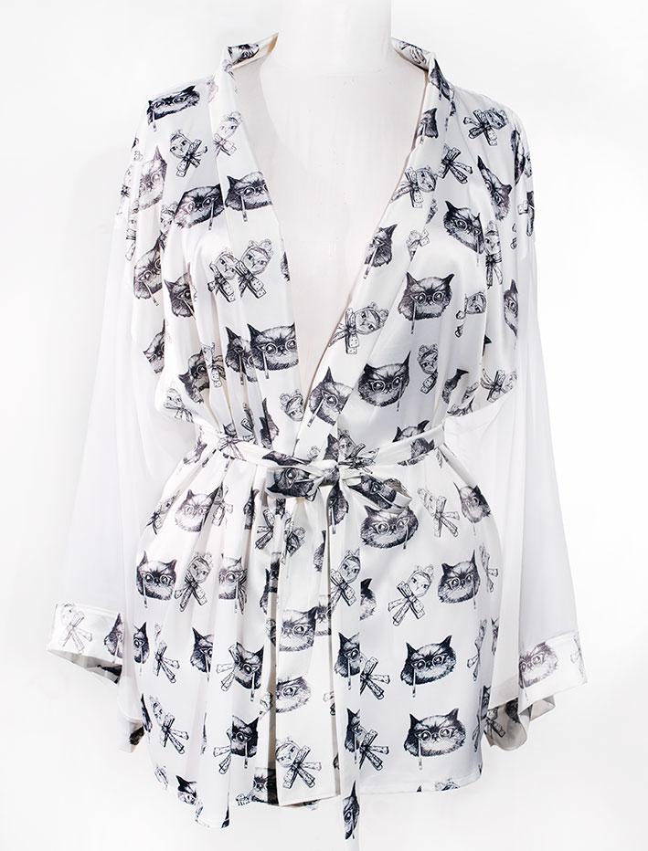 Kimono Bata Impertinentes Blanca 2