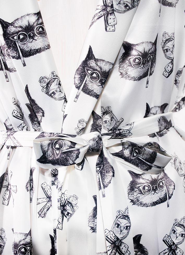 Kimono Bata Impertinentes Blanca 4