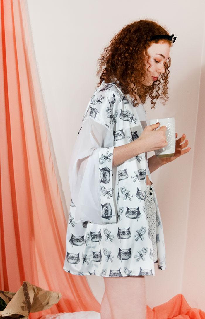 Kimono Bata Impertinentes Blanca 9