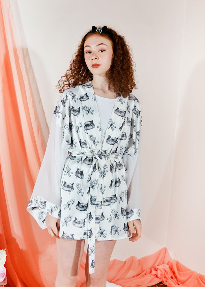 Kimono Bata Impertinentes Blanca 1