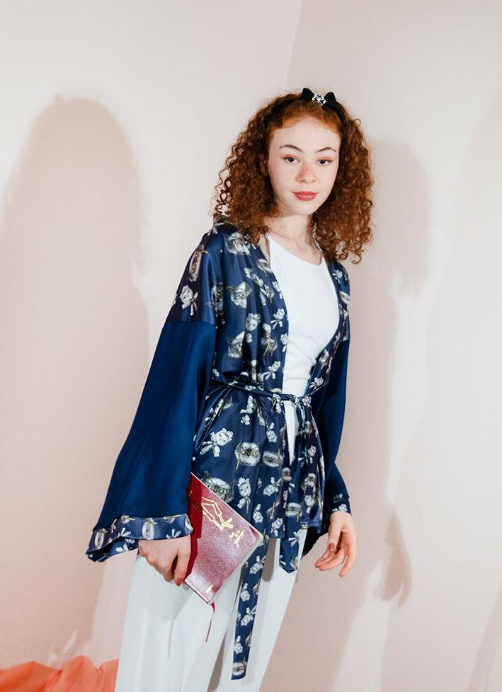 Kimono Bata Impertinentes Azul 1
