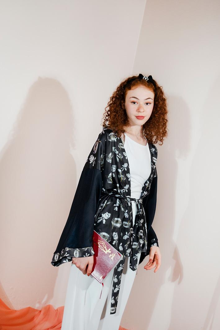Kimono Bata Impertinentes Negro 1